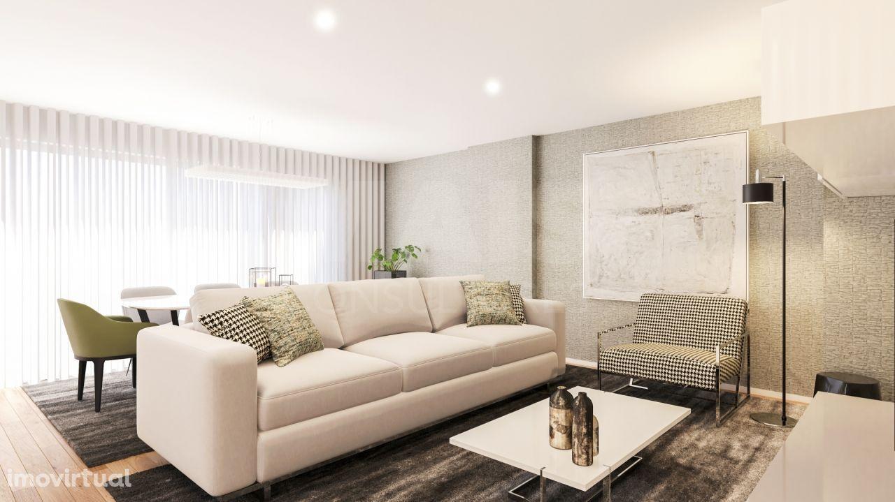 Apartamento T4 Novo de Luxo – Avenidas Novas (com terraço e 2 lugares de garagem)