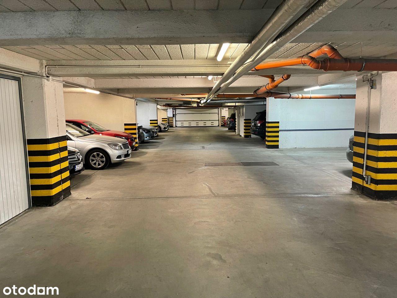 Miejsce parkingowe w garażowcu na WARSZEWIE