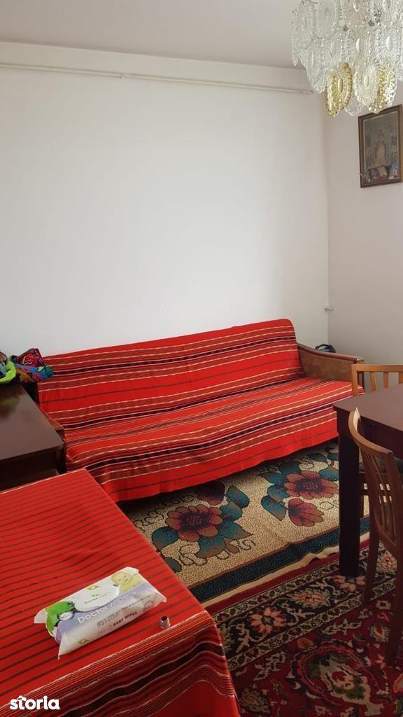 Vand apartament 2 camere Gheorgheni.