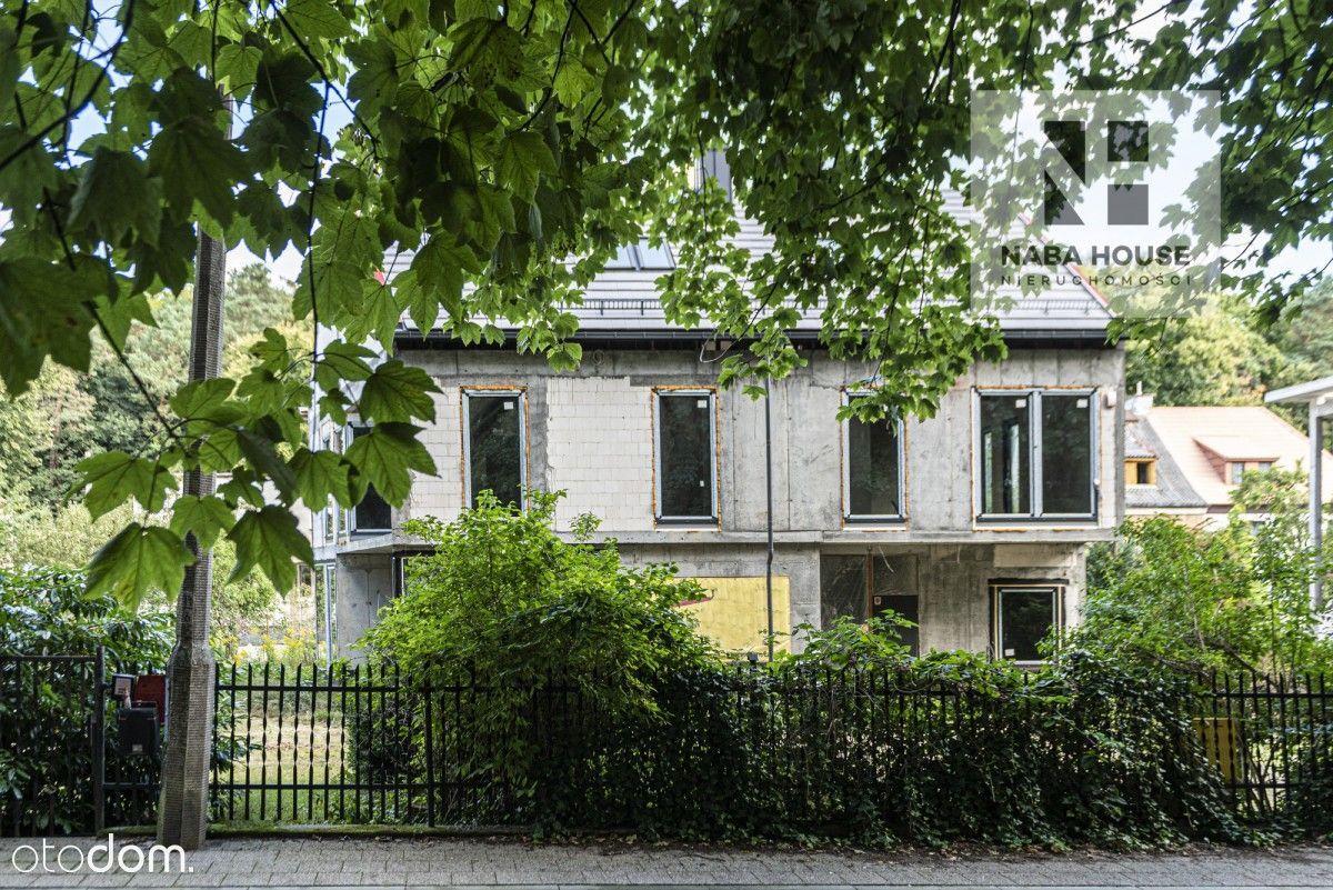 Nowy dom w Górnym Sopocie - stan surowy zamknięty.