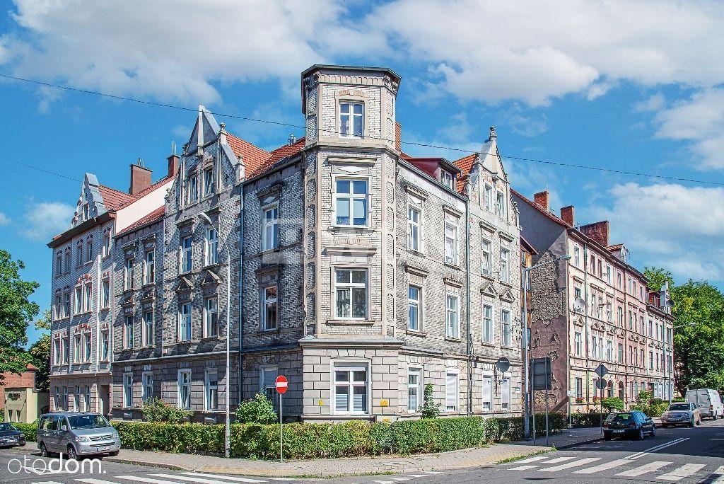 Mieszkanie, 71 m², Bolesławiec