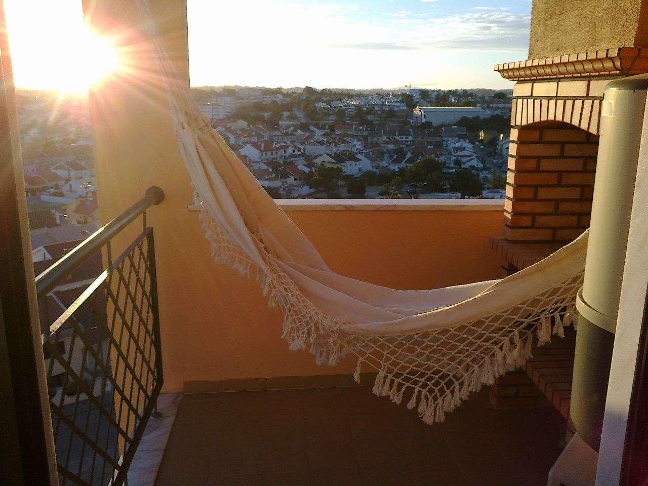Apartamento para comprar, Praceta Quinta da Marialva, Corroios - Foto 1