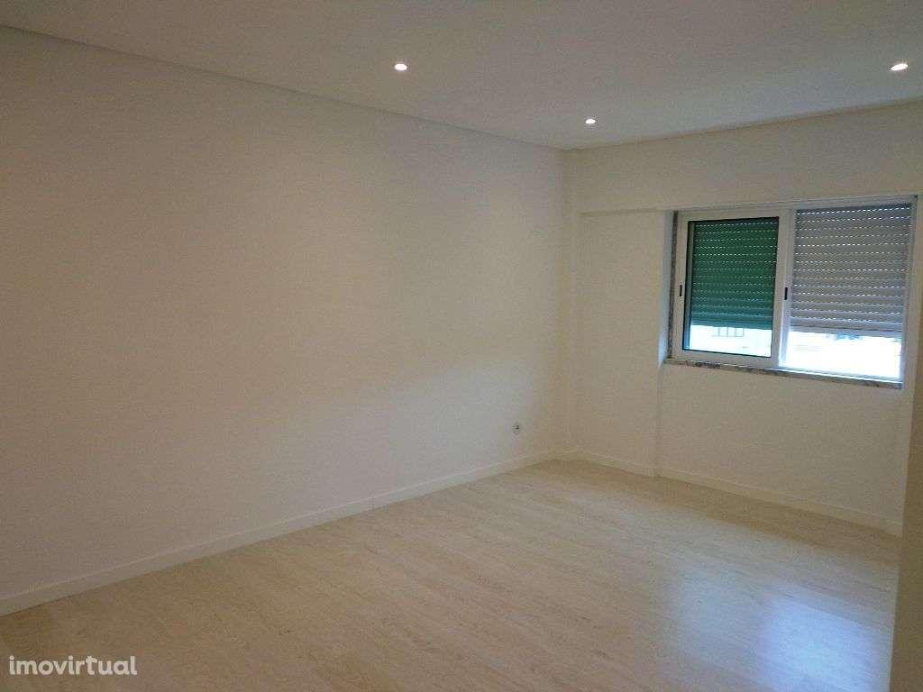 Apartamento para comprar, Avenida Infante Dom Henrique, São Sebastião - Foto 9
