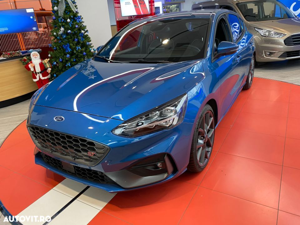Ford Focus ST - 4