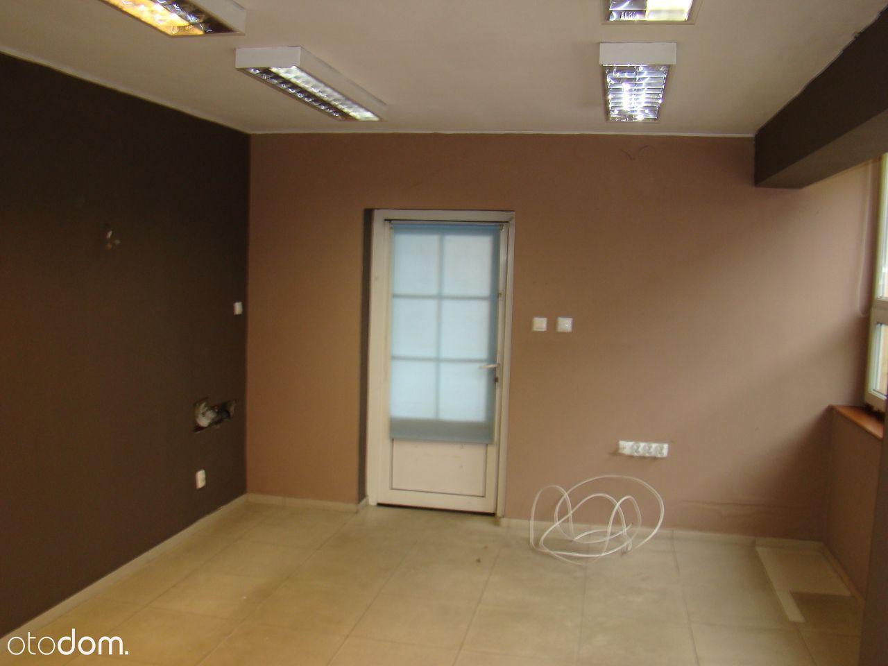Sklep 24 m2 parter , super lokalizacja - sprzedam