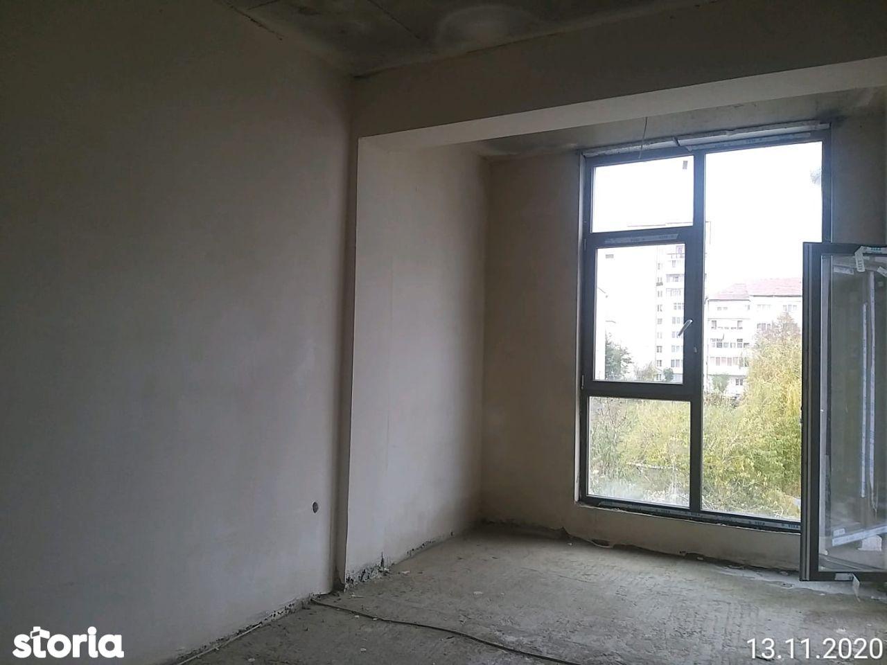 Apartament 3 camere,2 bai ,106 mp,Azure Residence