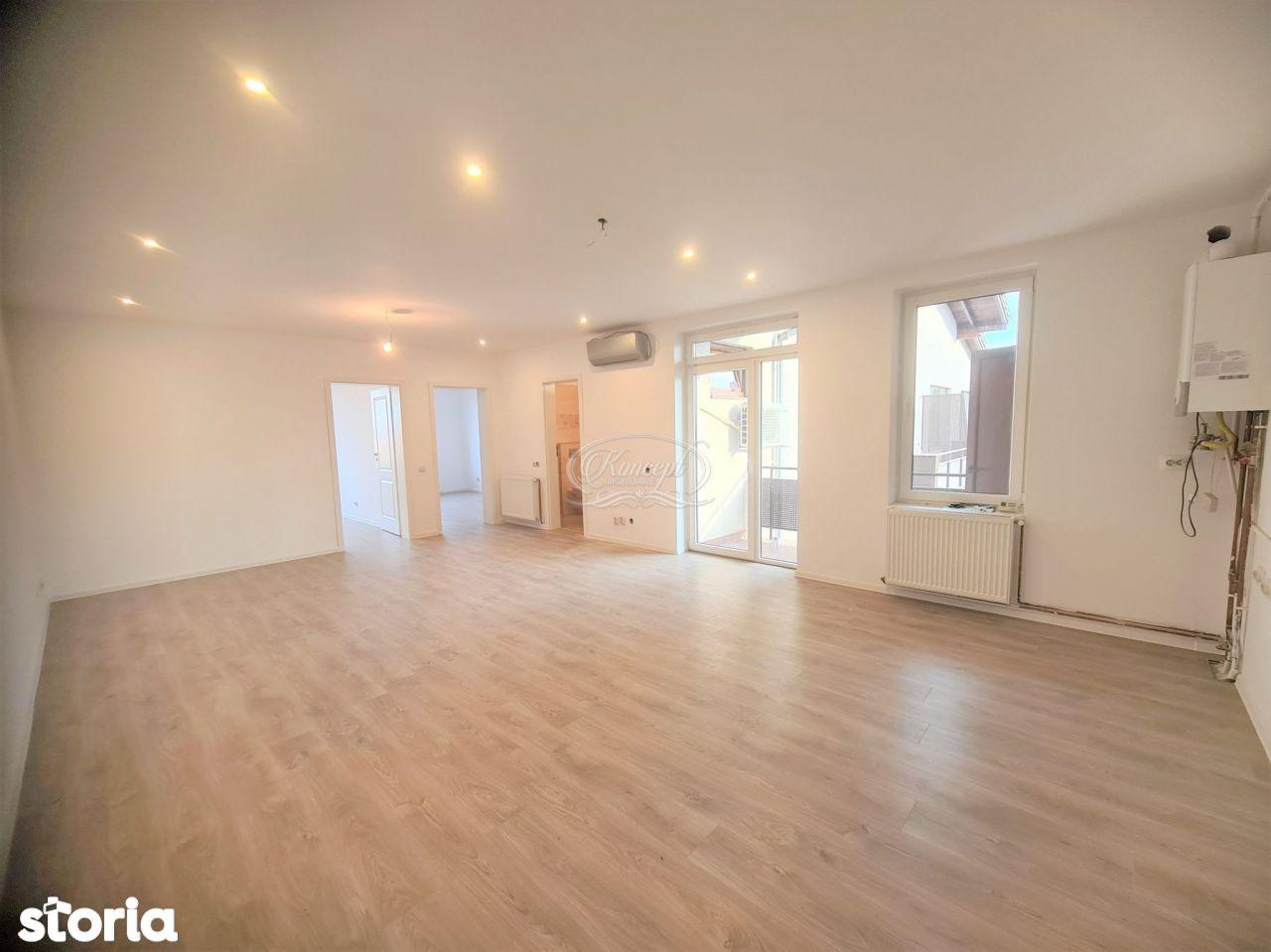 Apartament cu 3 camere, zona str. Tineretului