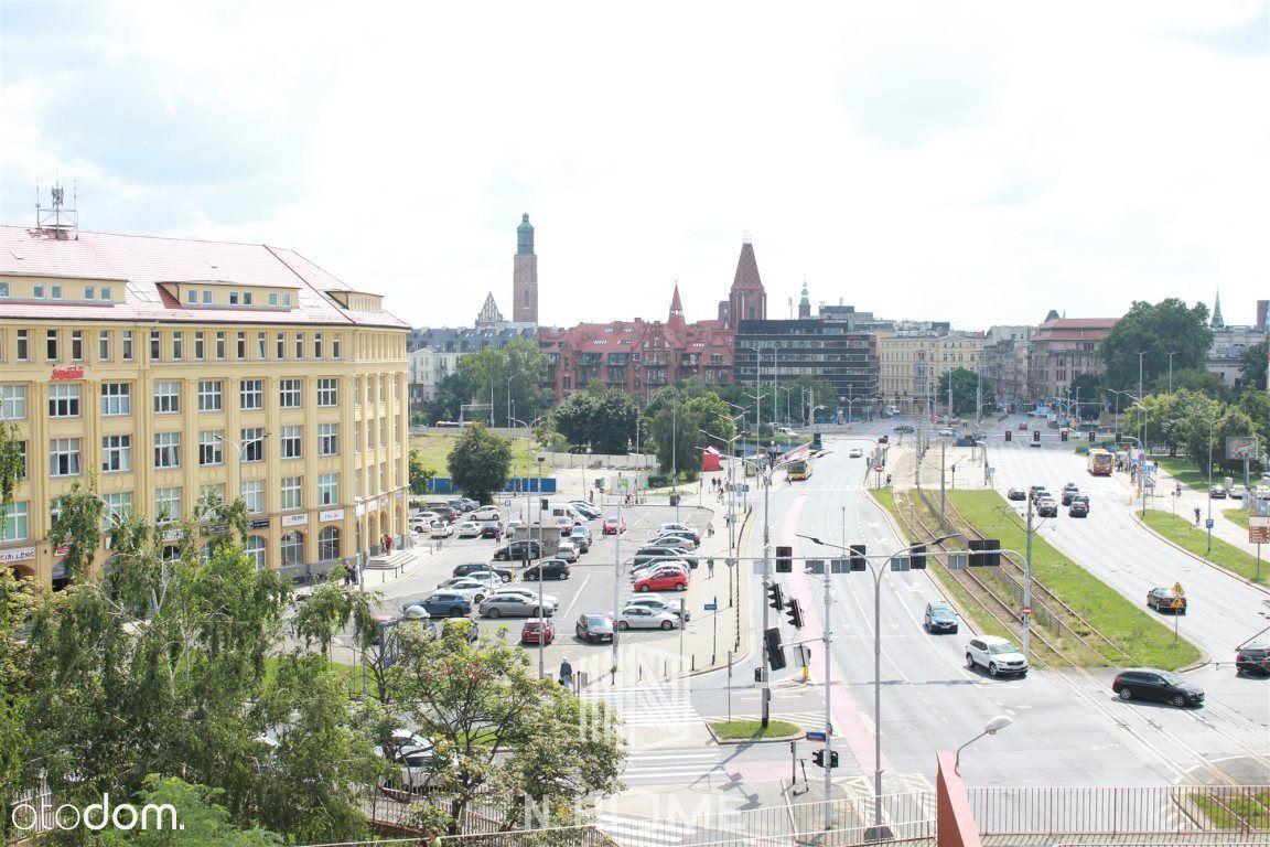 Mieszkanie Dla Pracowników / Pl. Jana Pawła II