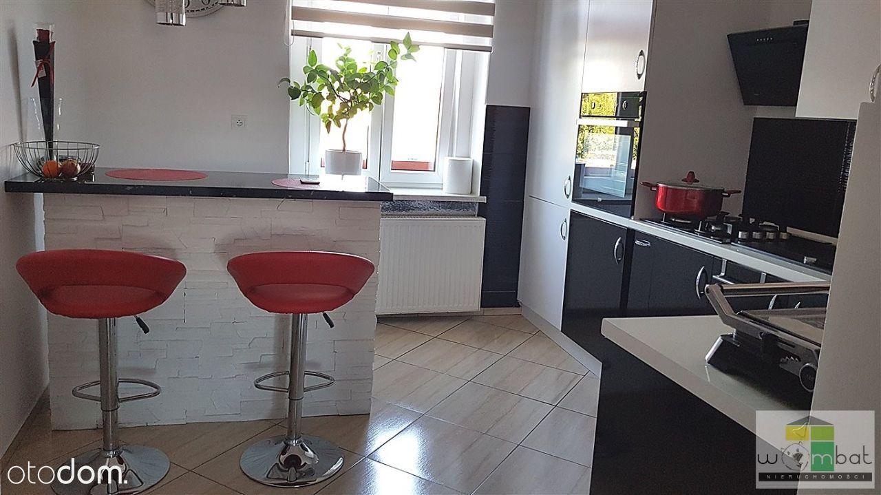 Mieszkanie, 56,80 m², Piława Górna