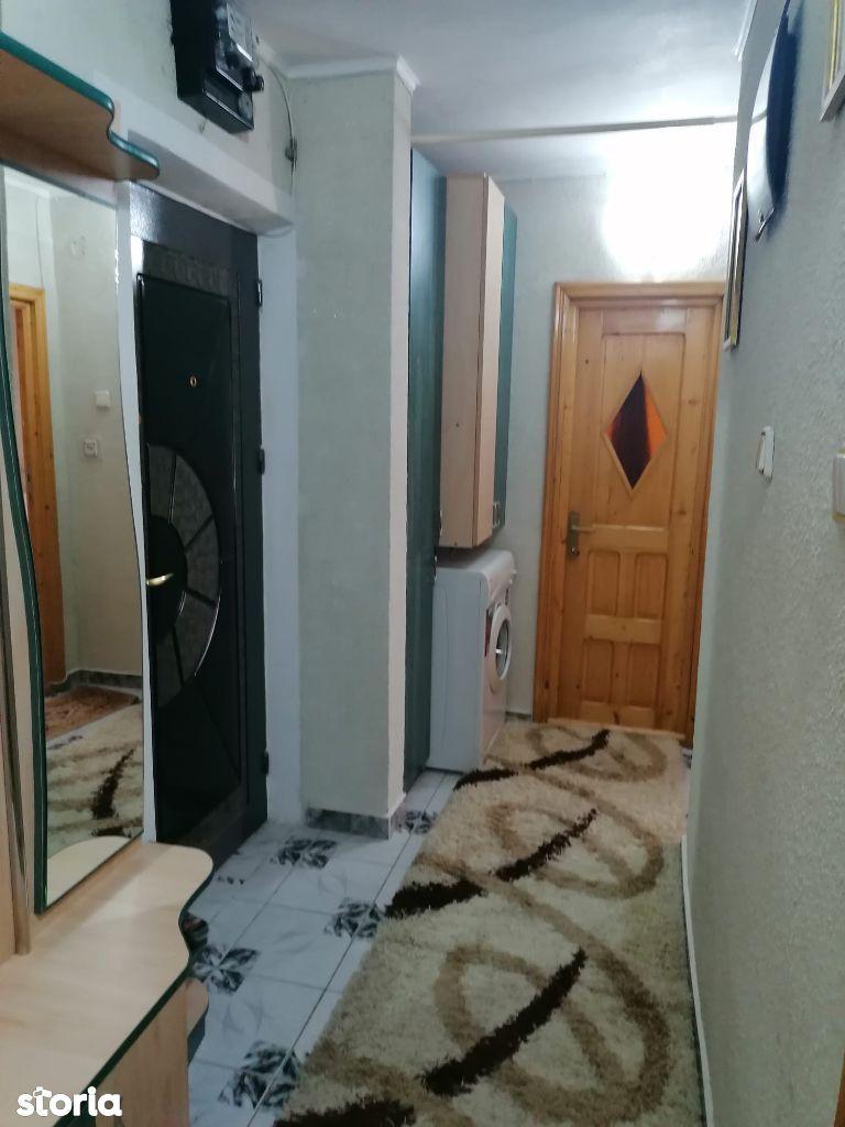 Apartament 3 camere decomandat