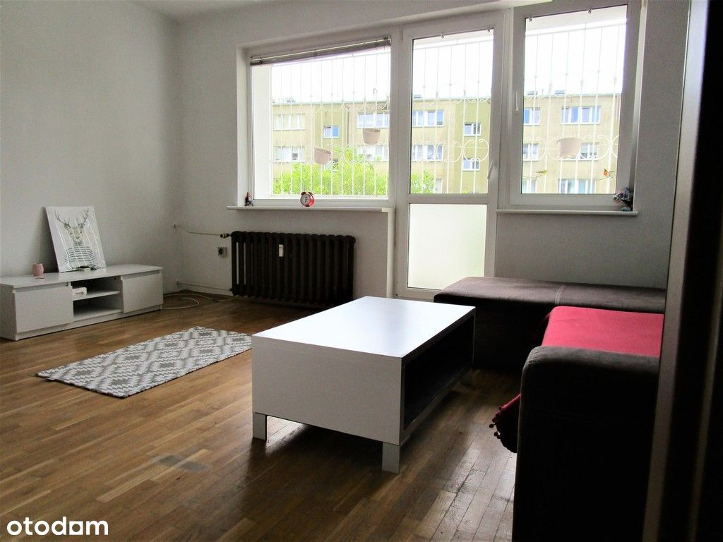 2 pokoje z balkonem