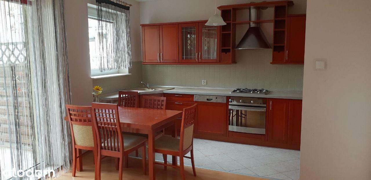 Słoneczne mieszkanie/trzy pokoje/balkon