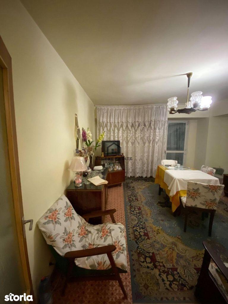 Apartament 3 camere - zona Drumul Taberei