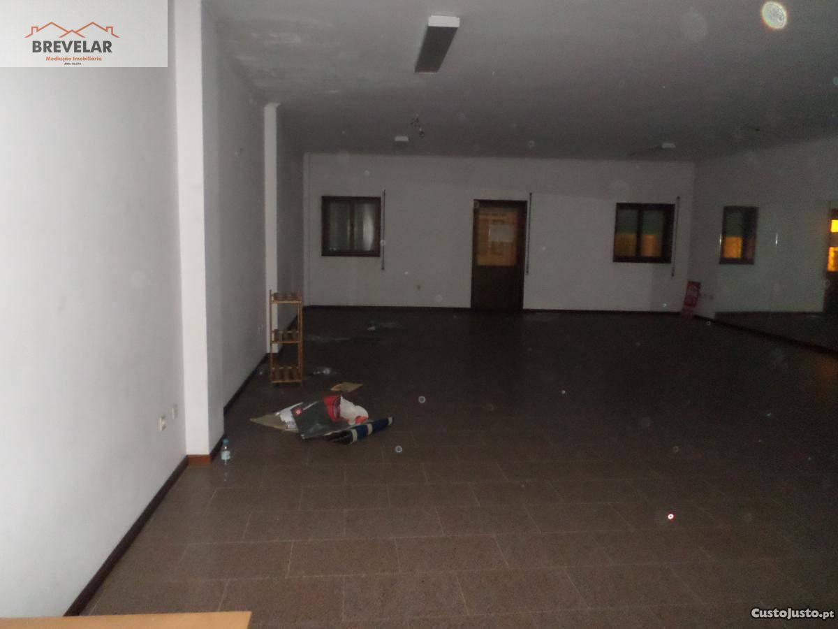 Arrenda-se estúdio/ espaço comercial, Águeda Centro