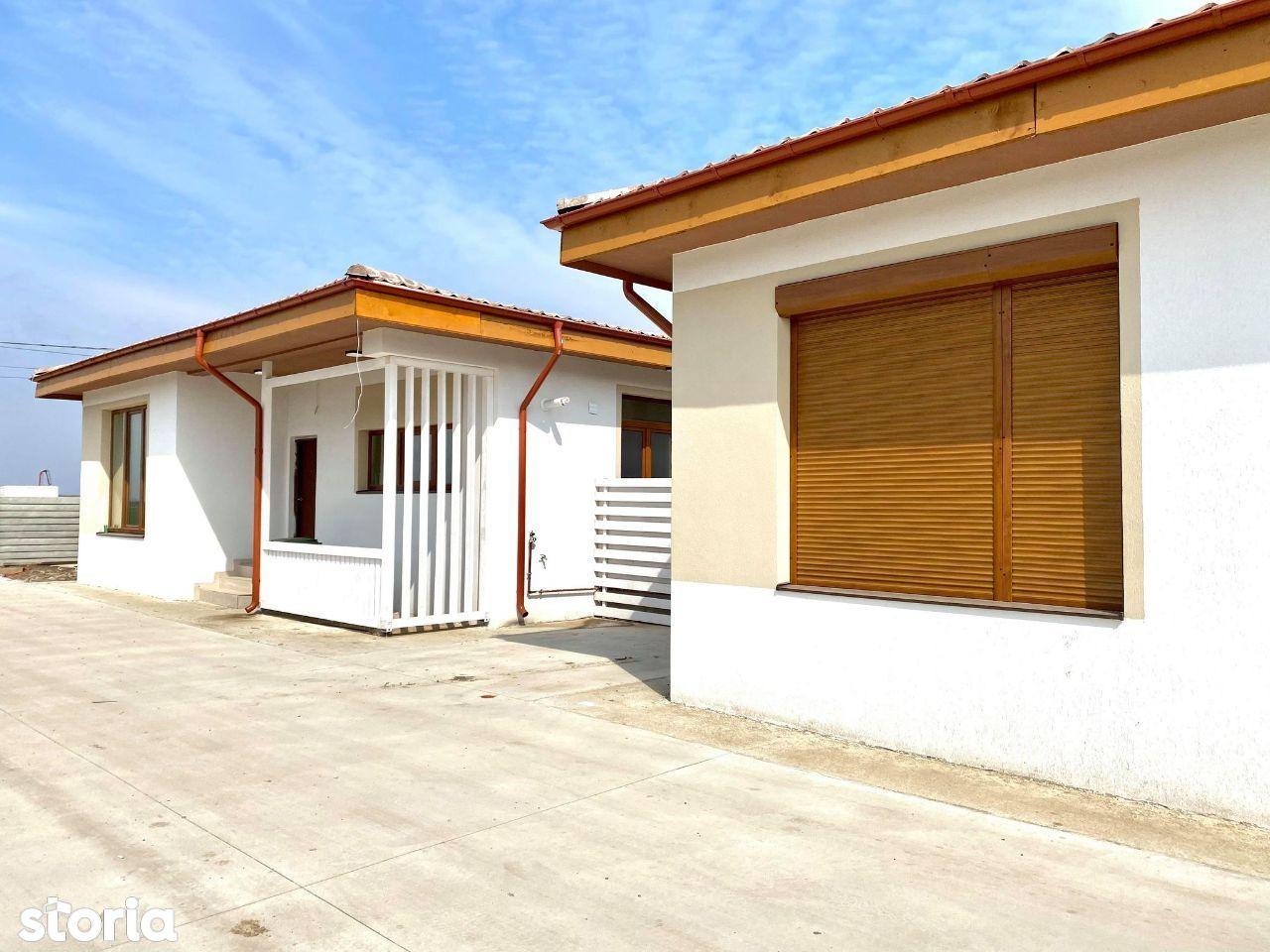 Casa napoletana lux mobilata, curte mare, 3 terase, 4 camere, 2 bai
