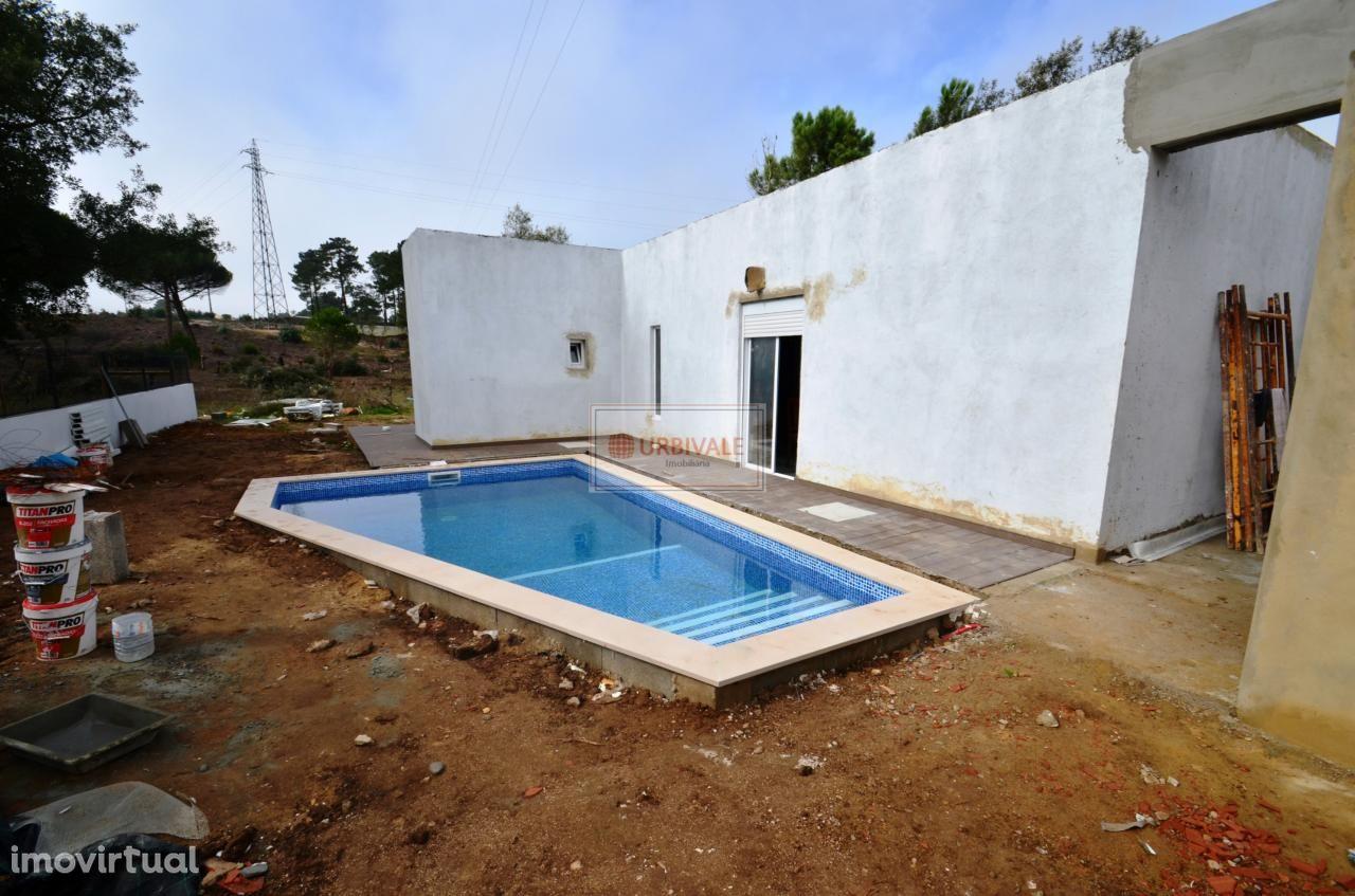 Moradia T2 nova-piscina-Sesimbra