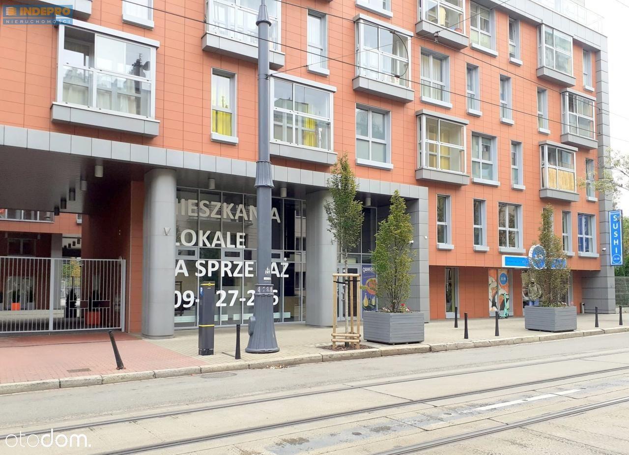 Dwupoziomowy lokal 163 m2 z witryną na ulicę
