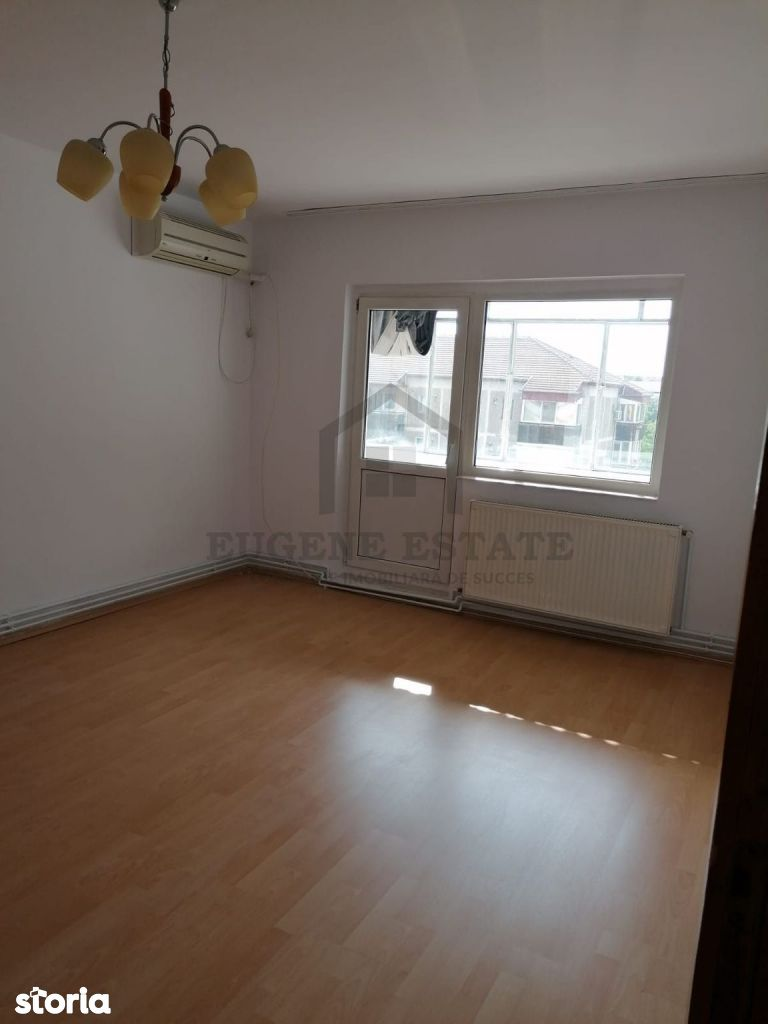 Apartament spatios 3 camere, 2 bai, 2 balcoane, Lipovei