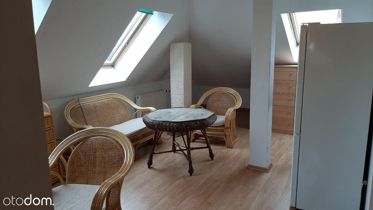 2 pokoje w domku kilkurodzinnym, Kopernik