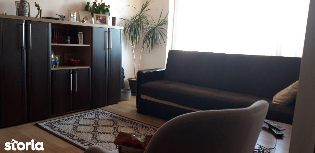 Apartament 2 camere , Cetate , finisat