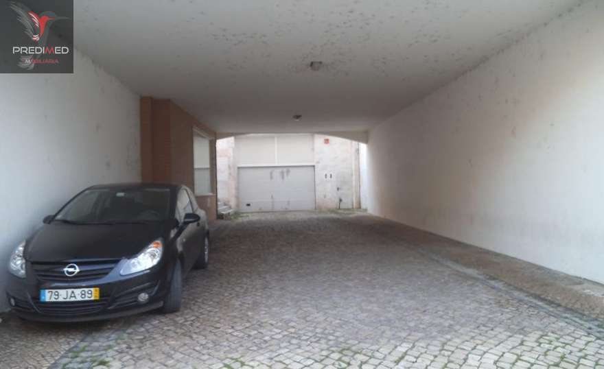 Garagem para comprar, Palhais e Coina, Barreiro, Setúbal - Foto 1