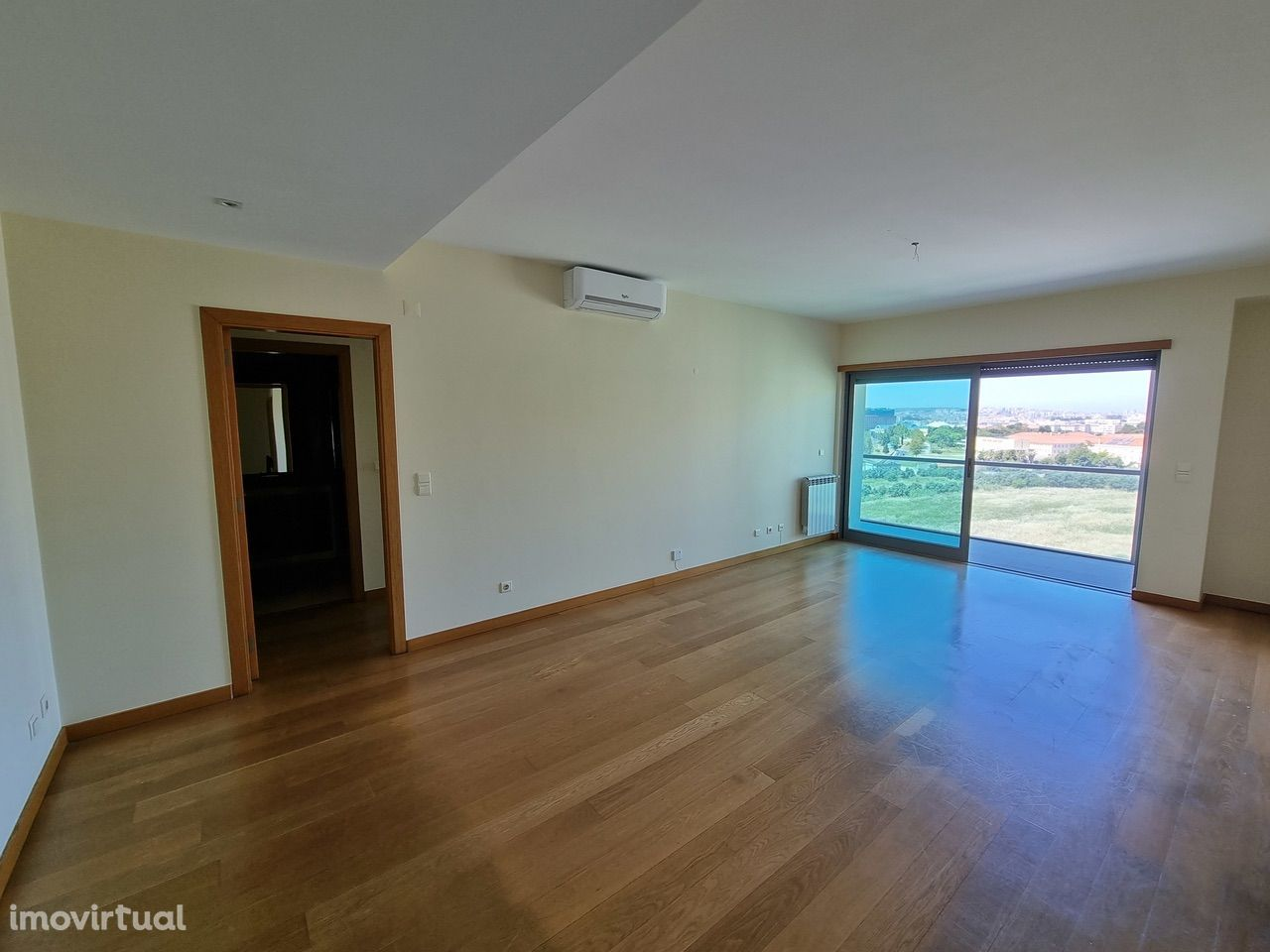Apartamento T1 no Parque dos Príncipes, Telheiras, para Arrendamento