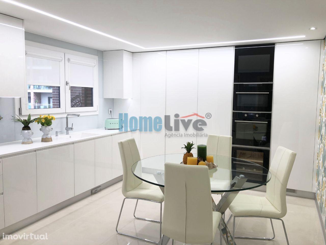 Apartamento T2 NOVO com Terraço e Box Malvarosa, Alverca