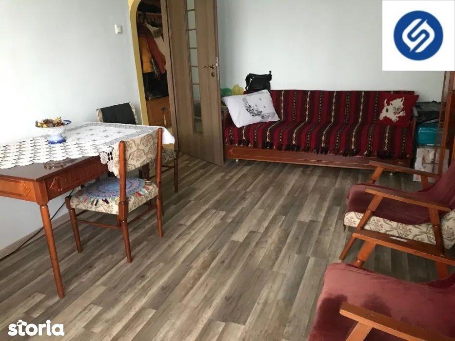 3 camere decomandate+ balcon- Marasti