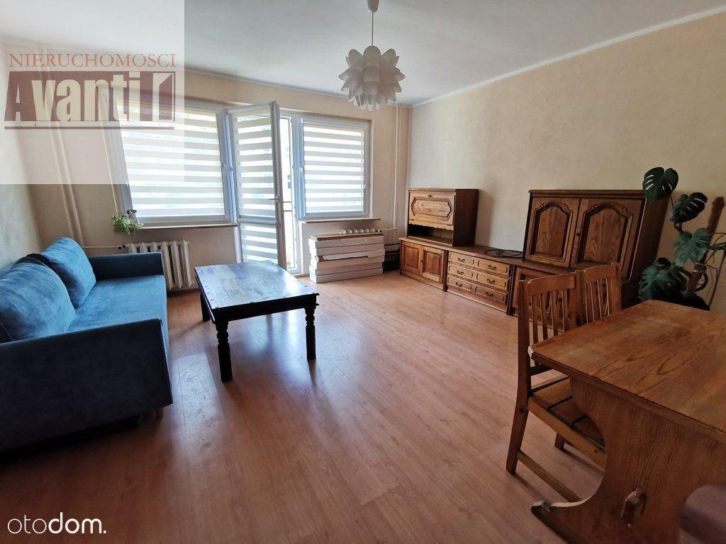 2 pokoje z balkonem na osiedlu Kaliny