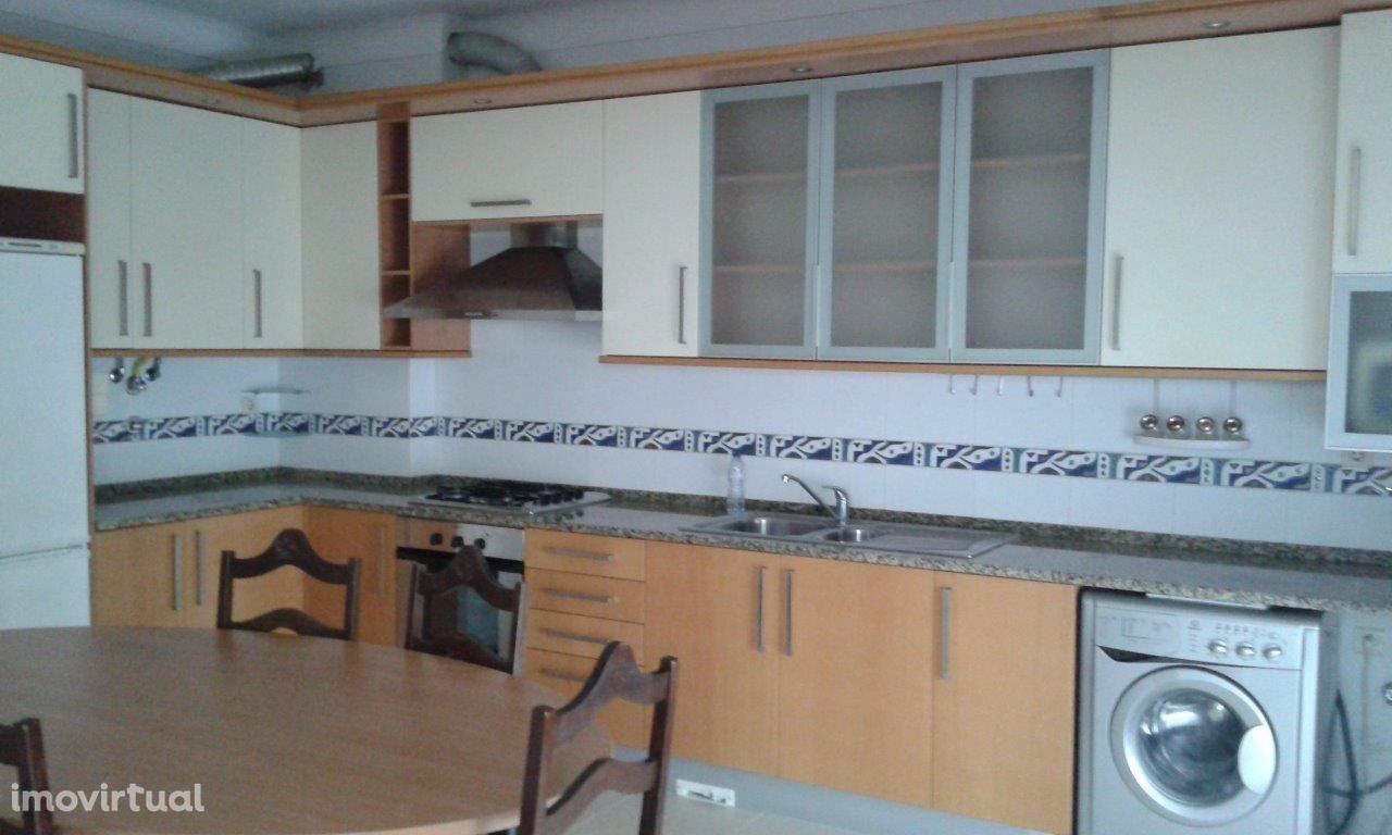 Apartamento, 4 quartos, Pinhal Novo, Estação Sul