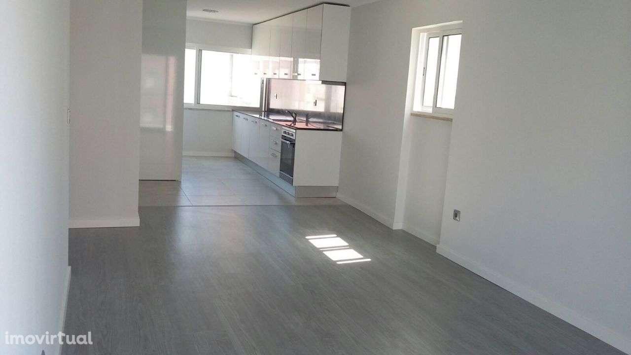 Apartamento para comprar, Rua José Elias Garcia, Barreiro e Lavradio - Foto 10