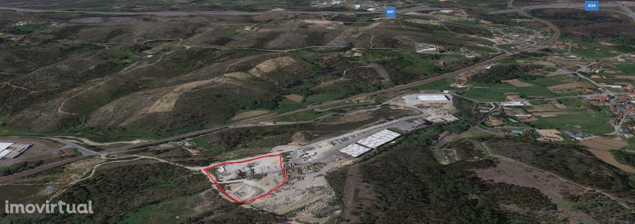 Terreno, 10 000 m², Recarei