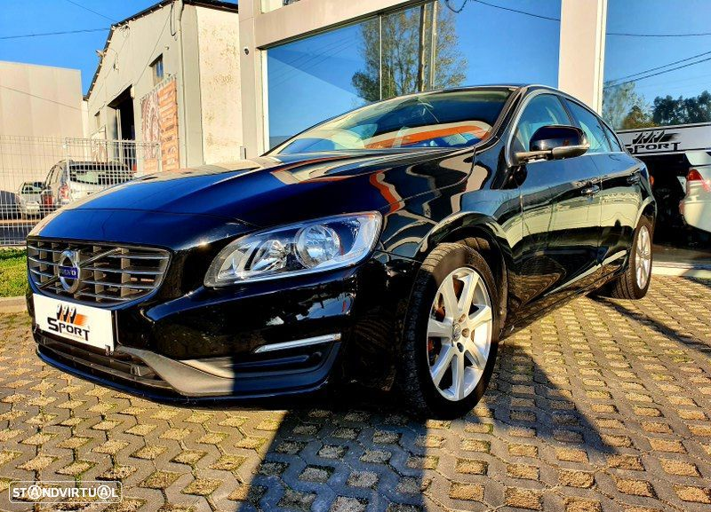 Volvo S60 2.0 D2 Momentum Geartronic - 18