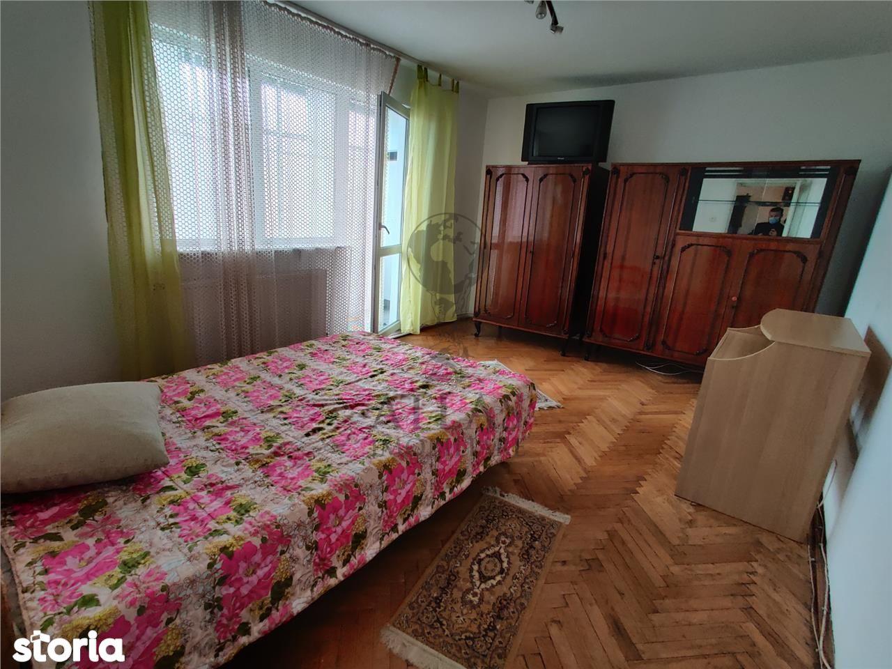 Apartament 2 camere plus loc de parcare. Manastur.