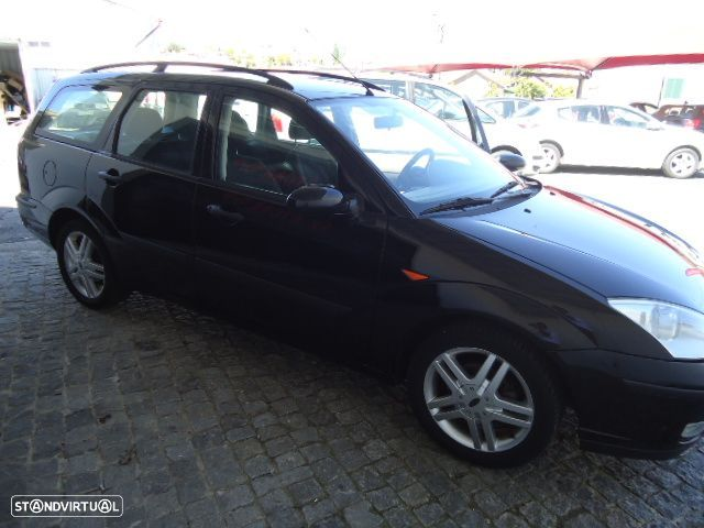 Ford Focus SW - 13