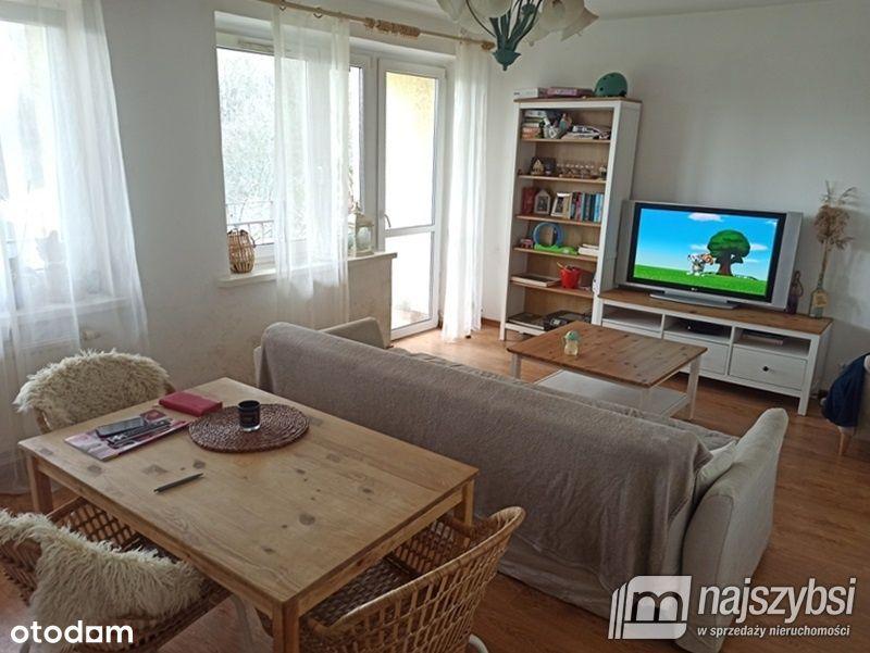 Mieszkanie, 72 m², Głębokie