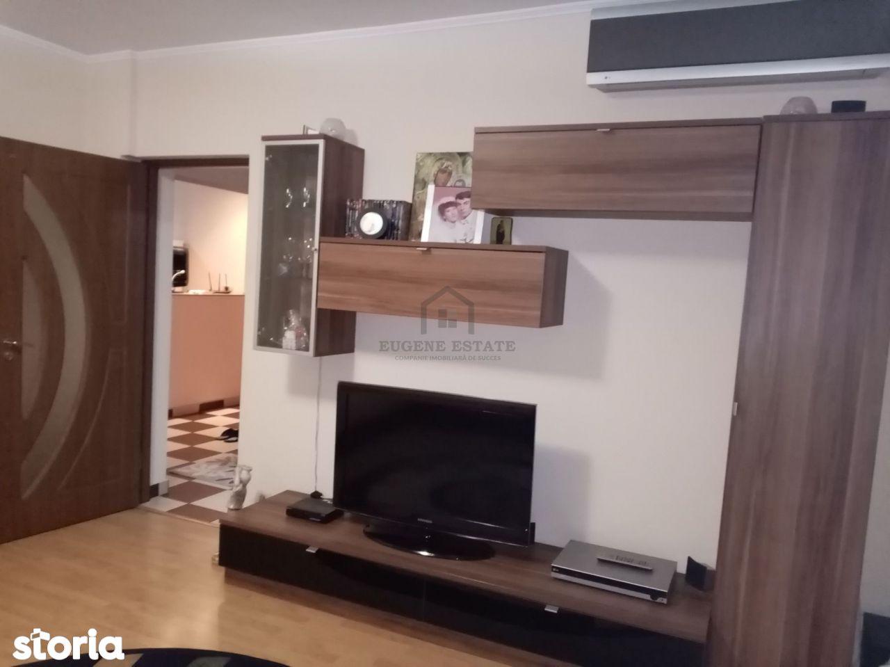 Apartament 3 camere - zona Sebastian