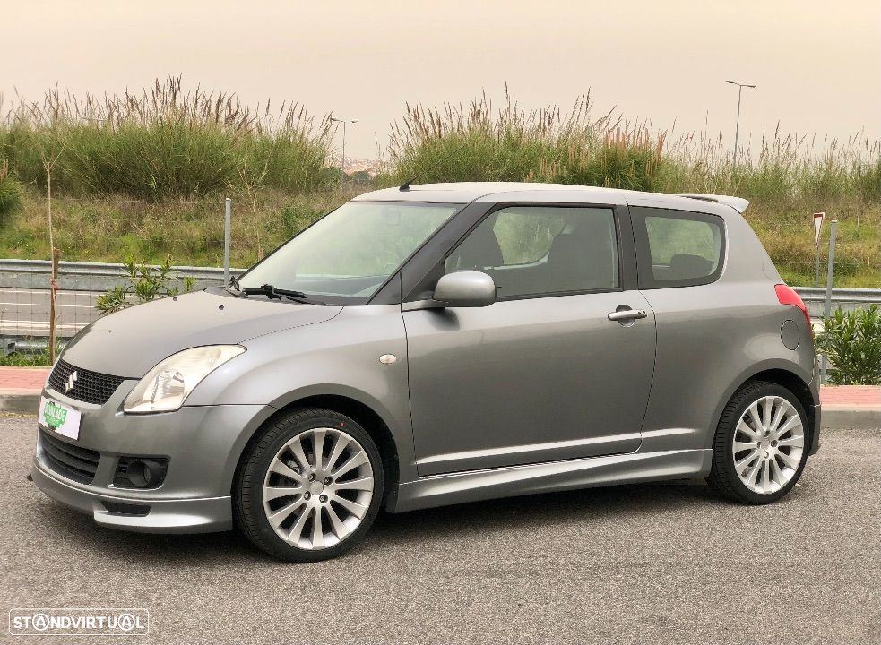Suzuki Swift 1.3 16V Sport Plus - 1