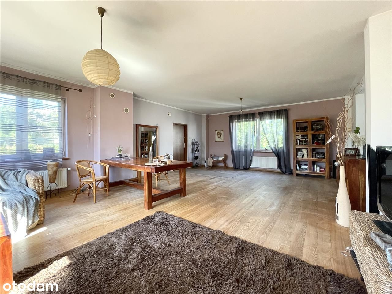 Dom 260 m2 z przestrzenią biurową-centrum.