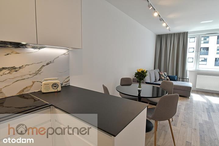 Luksusowy apartament, balkon, klima, Gwiaździsta