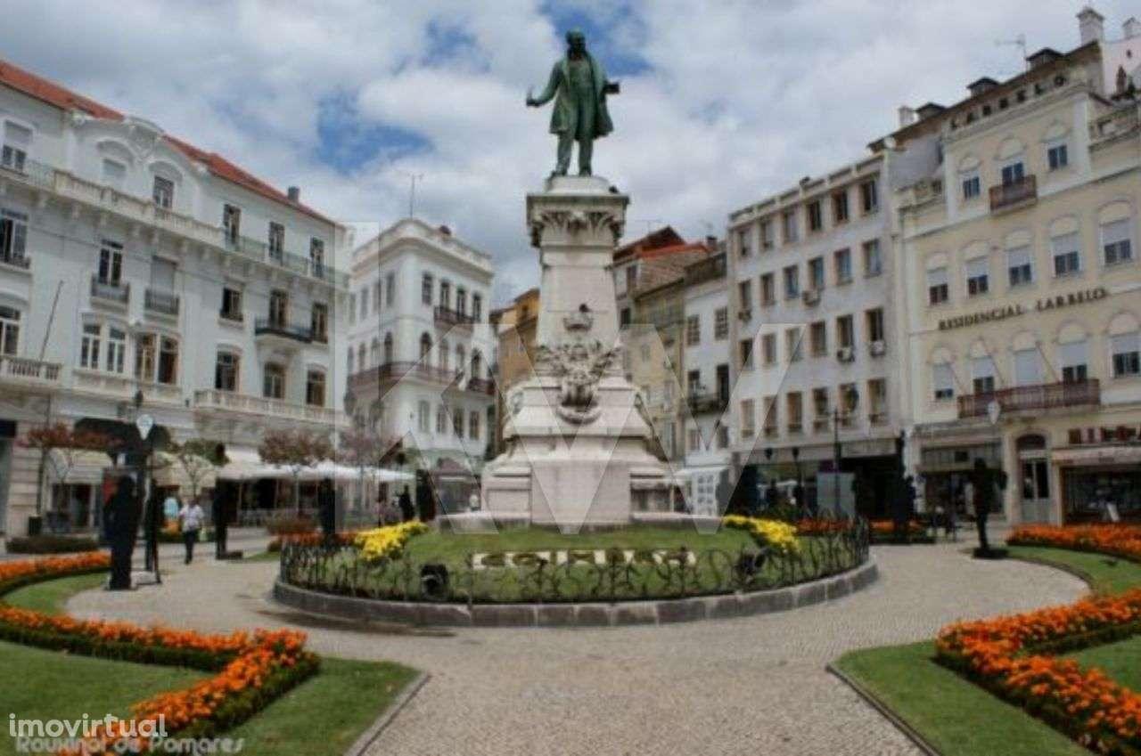 Prédio para comprar, Coimbra (Sé Nova, Santa Cruz, Almedina e São Bartolomeu), Coimbra - Foto 4