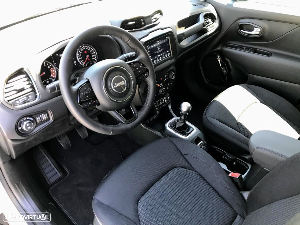 Jeep Renegade 1.0 T Night Eagle - 2