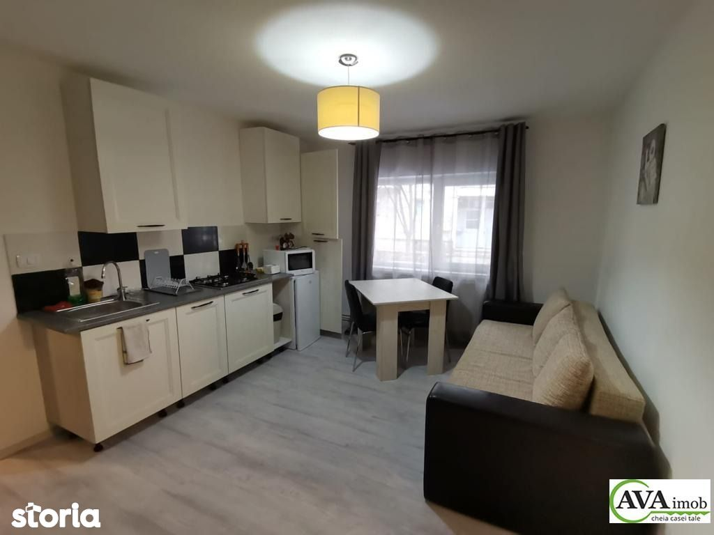 Apartament 2 camere, renovat, izolat, mobilat, zona Narcisa