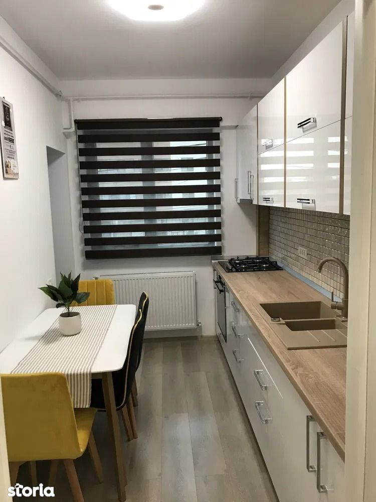 Inchiriere apartament 3 camere Timpuri Noi Lux