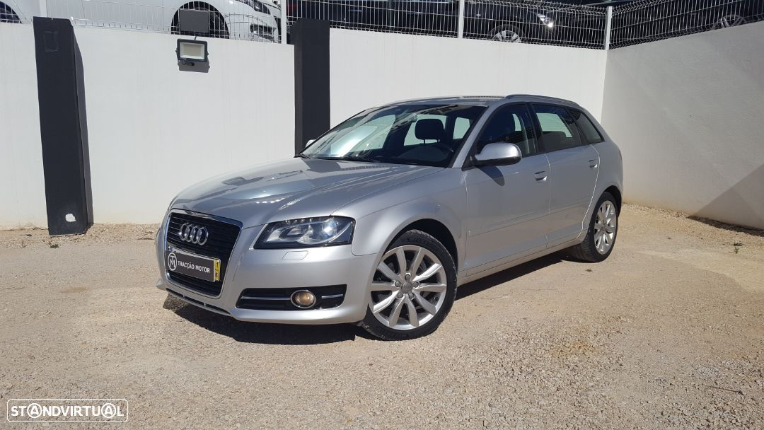 Audi A3 Sportback 1.6 TDi Attraction Business Line - 7