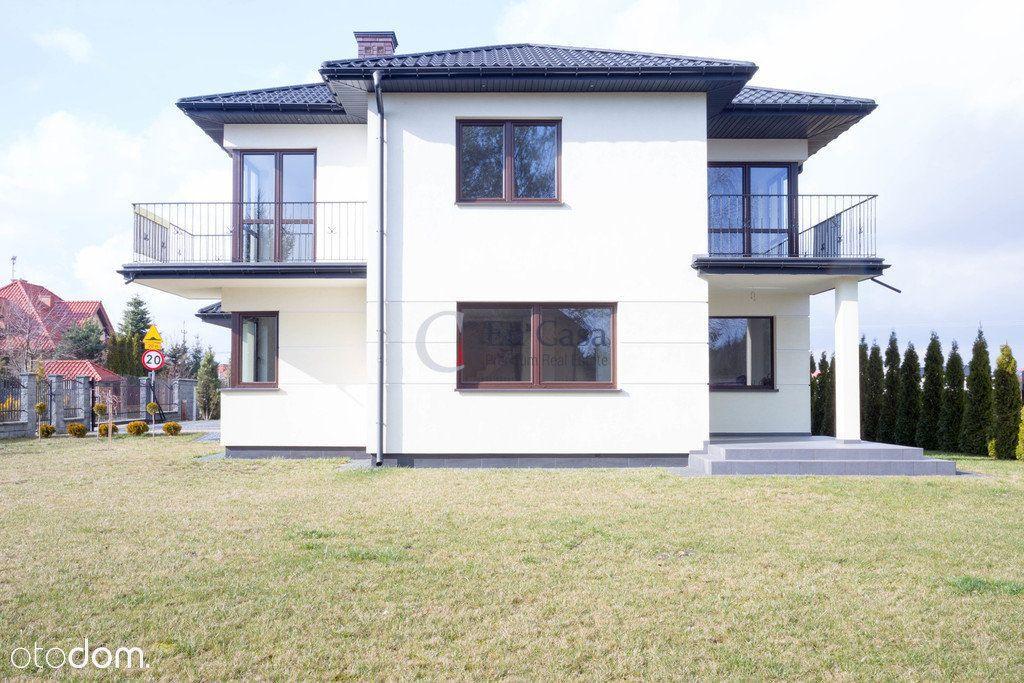 Rodzinny dom na zagospodarowanej działce 800 m2