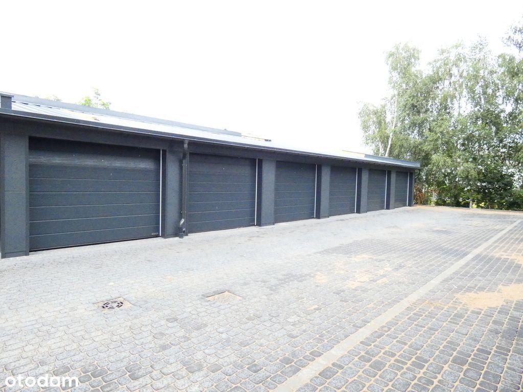 Nowe garaże z elektryczną bramą wjazdową