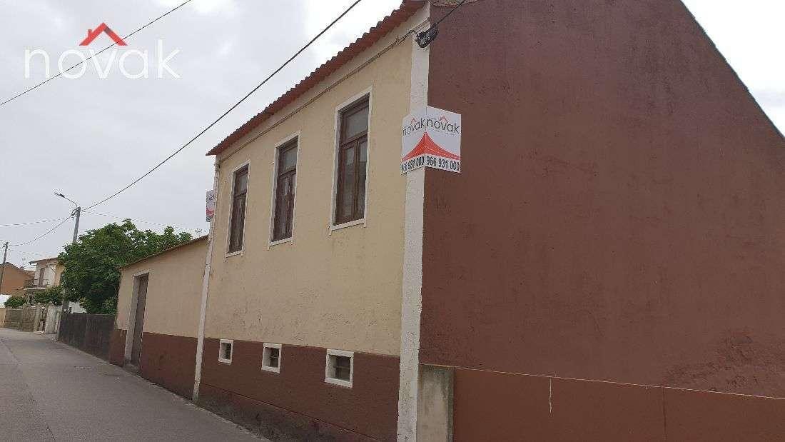 Moradia para comprar, Aver-O-Mar, Amorim e Terroso, Povoa de Varzim, Porto - Foto 1