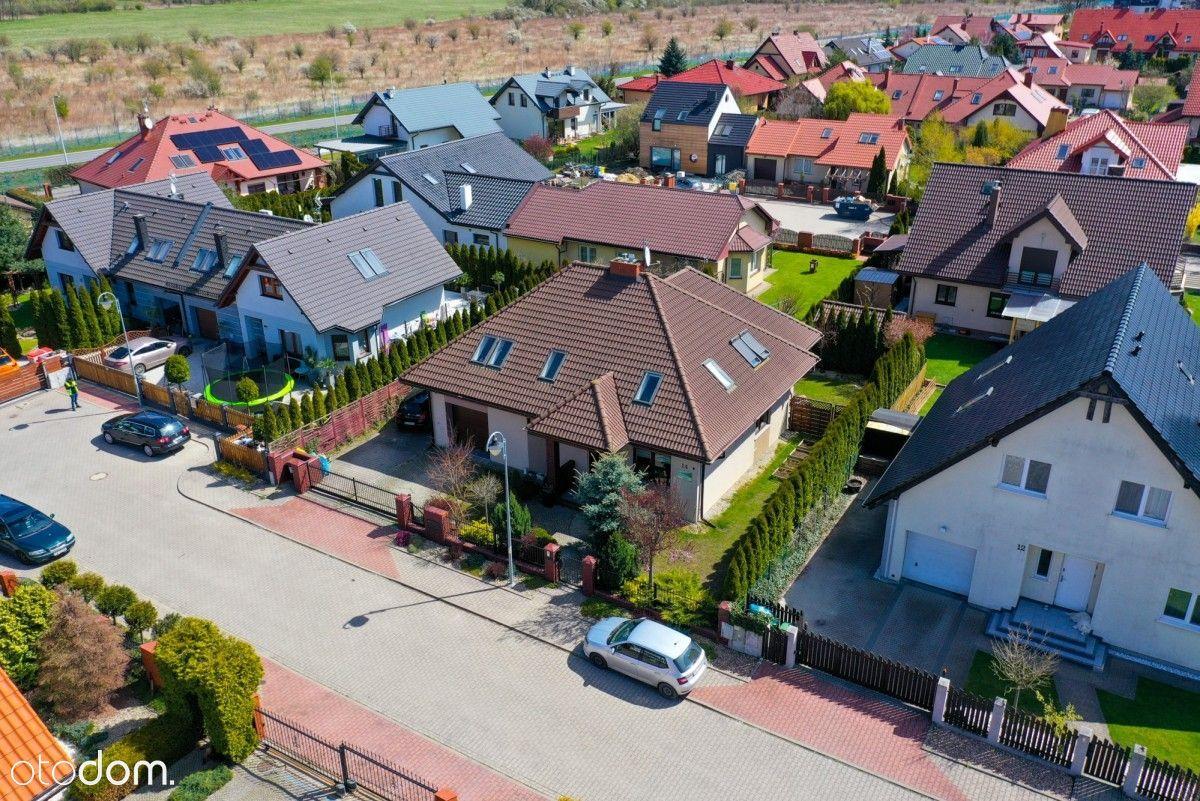 Smolec - Nowoczesny Dom, 6 Pokoi -189 M².