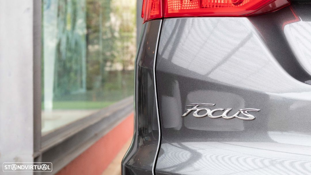 Ford Focus SW - 19